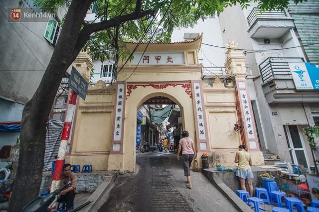 Chuyện về một con phố có nhiều cổng làng nhất Hà Nội: Đưa chân qua cổng phải tôn trọng nếp làng - Ảnh 2.