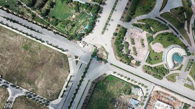 Mãn nhãn với con đường có 10 làn chuẩn bị thông xe ở Hà Nội   - Ảnh 5.