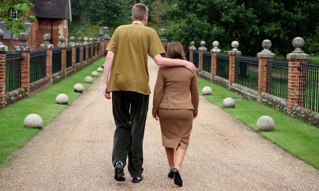 Ai bảo lùn thì không tốt? Nghiên cứu mới chứng minh: Người càng cao lớn, nguy cơ ung thư càng tăng - Ảnh 3.