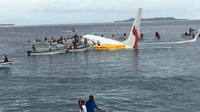 Thế kỷ 21 đã chứng kiến 3 chuyến bay màu nhiệm: Rơi thẳng xuống biển và tỉ lệ sống sót gần 100% - Ảnh 3.