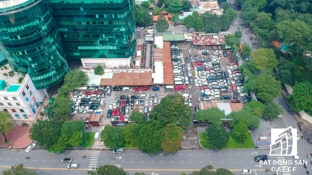 Cận cảnh dự án đất vàng Lavenue Crown rộng 5.000m2 sát cạnh tòa nhà Diamond giữa trung tâm Sài Gòn sắp bị thu hồi - Ảnh 3.