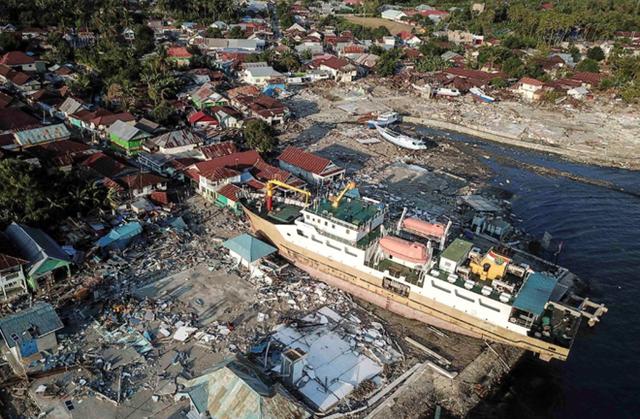 Số người chết sau thảm họa kép ở Indonesia tăng vọt lên 1.347 - Ảnh 2.