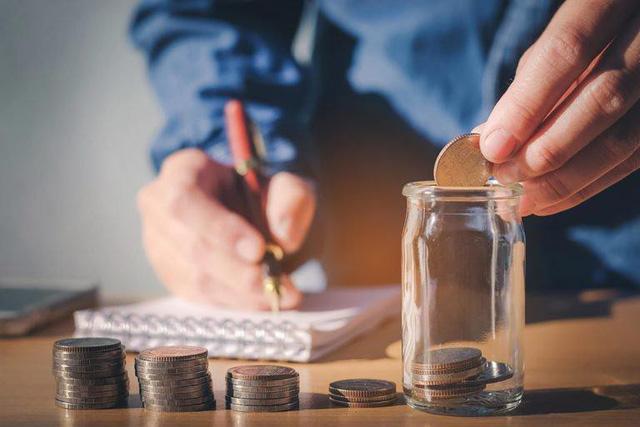 Những bài học về tài chính mà bố mẹ chưa bao giờ dạy tôi: Tiền bạc chỉ là công cụ nhưng muốn làm giàu nhất định phải hoc cách quản lý nó và đừng bao giờ coi thường các khoản nợ - Ảnh 3.