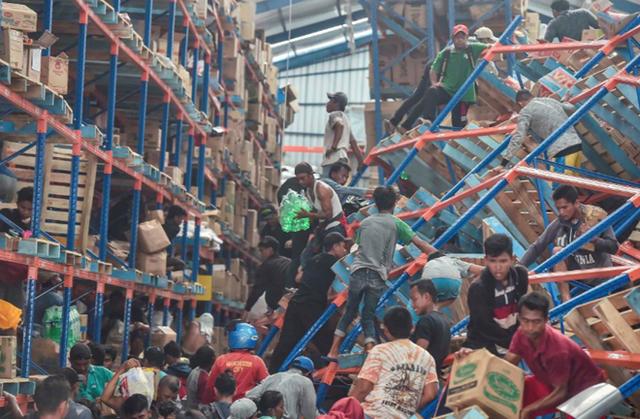 Số người chết sau thảm họa kép ở Indonesia tăng vọt lên 1.347 - Ảnh 4.