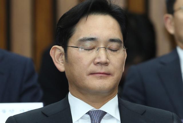 """Chân dung """"Thái tử Samsung"""" và lời trần tình xúc động trước tòa án  - Ảnh 2."""