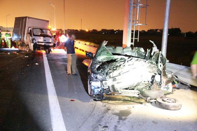 Tai nạn kinh hoàng trên cao tốc Hải Phòng - Quảng Ninh, 2 người tử vong - Ảnh 6.