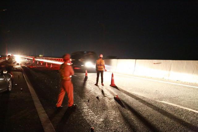 Tai nạn kinh hoàng trên cao tốc Hải Phòng - Quảng Ninh, 2 người tử vong - Ảnh 8.