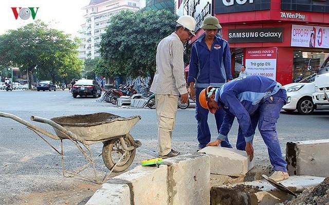 Toàn cảnh cầu vượt hơn 300 tỷ đồng ở Hà Nội sắp khánh thành - Ảnh 10.