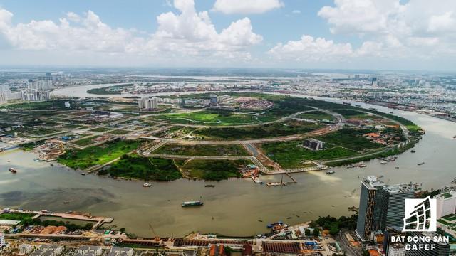 Cận cảnh khu đất vàng ở Thủ Thiêm, nơi chuẩn bị xây nhà hát giao hưởng 1.500 tỷ đồng - Ảnh 1.