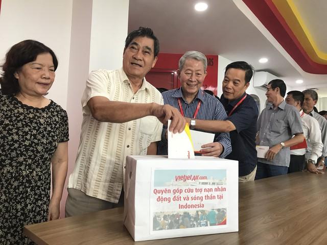 Chuyến bay cứu trợ nạn nhân động đất - sóng thần của Vietjet đã tới Indonesia - Ảnh 4.