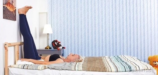 Cứ duy trì 4 thói quen này trước khi đi ngủ thì bạn sẽ không gặp phải tình trạng trằn trọc, mất ngủ nữa - Ảnh 2.