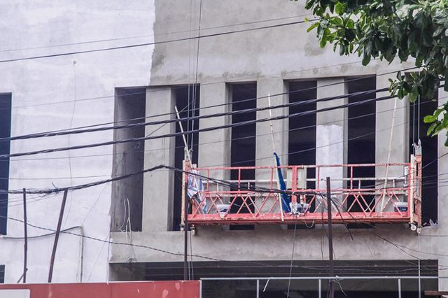 Cận cảnh tòa nhà nghìn tỷ cao thứ 3 Hà Nội bị ngân hàng siết nợ - Ảnh 7.