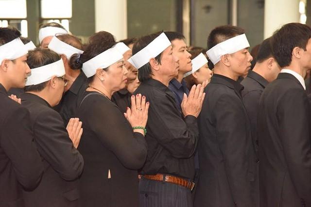 Hình ảnh xúc động trong Lễ tang nguyên Tổng Bí thư Đỗ Mười - Ảnh 3.