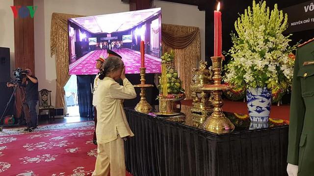 Hình ảnh xúc động trong Lễ tang nguyên Tổng Bí thư Đỗ Mười - Ảnh 4.