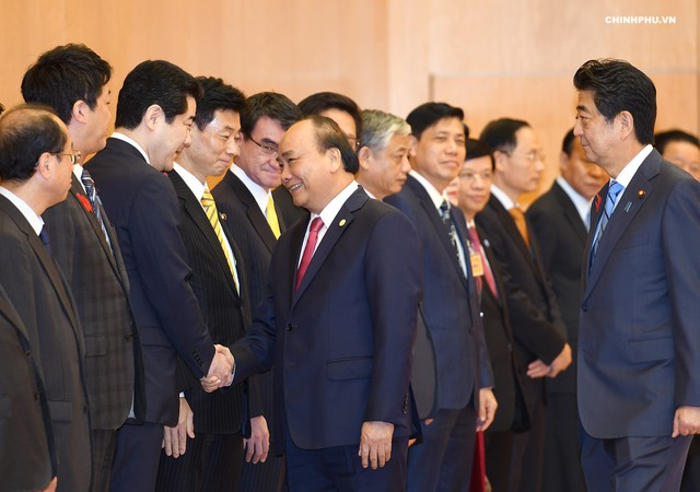 Lễ đón Thủ tướng Nguyễn Xuân Phúc thăm Nhật Bản - Ảnh 3.
