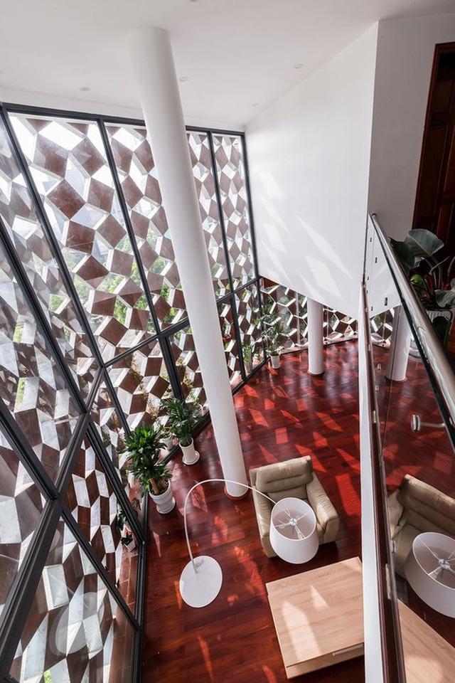 Nhà 3 mặt tiền bằng gốm nung ở Hà Nội được báo Tây khen hết lời - Ảnh 5.