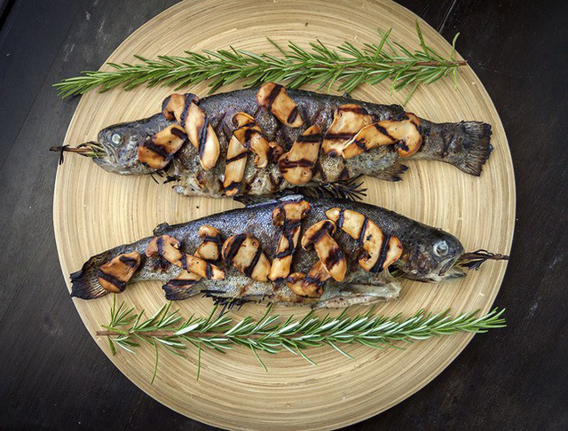 Khám phá matsutake - loại nấm đắt nhất thế giới mang trọn vẹn hương vị mùa thu Nhật Bản, 50 triệu/kg mà vẫn cháy hàng - Ảnh 9.