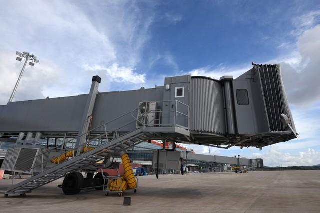 Cận cảnh sân bay tư nhân đầu tiên siêu hiện đại sắp khai thác - Ảnh 7.