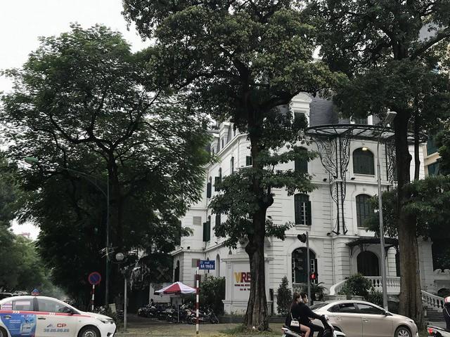 Chọn mua lại những biệt thự Pháp cổ - Xu hướng mới của giới siêu giàu Hà Nội - Ảnh 2.