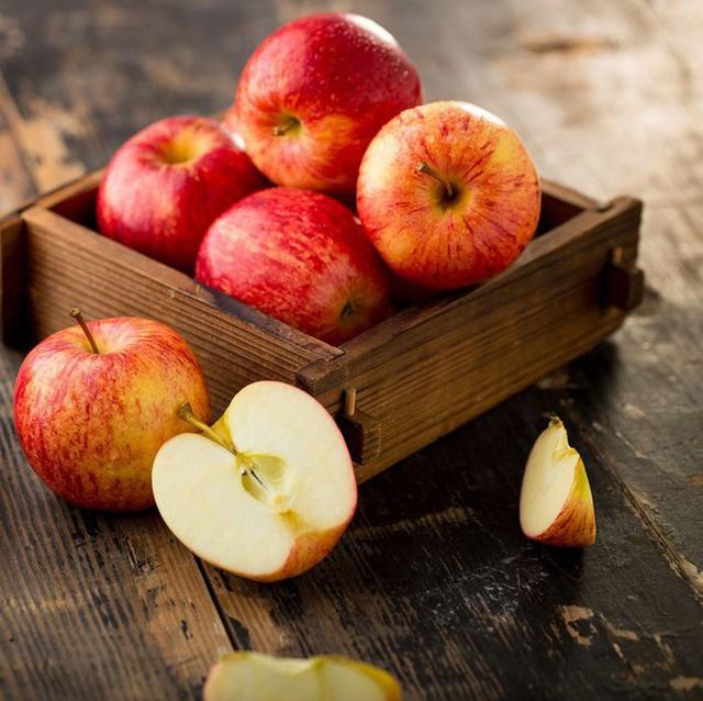 10 loại trái cây dành cho người theo chế độ ăn low-carb và muốn giảm cân nhanh thật nhanh - Ảnh 2.