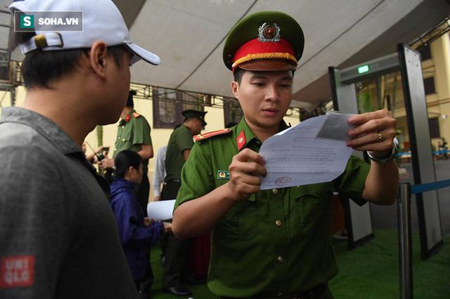 Cựu tướng Phan Văn Vĩnh từ chối quyền công bố bản án lên mạng - Ảnh 14.