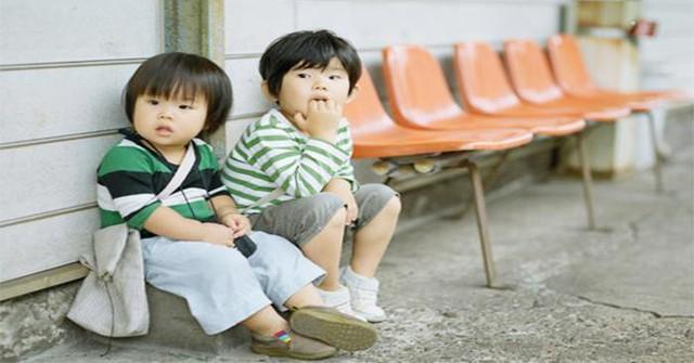 Bí quyết dạy con tính kỷ luật của người Nhật: Cách trẻ cư xử phụ thuộc vào phản ứng của cha mẹ, đừng bao giờ khiển trách, trừng phạt con ở chỗ đông người - Ảnh 2.