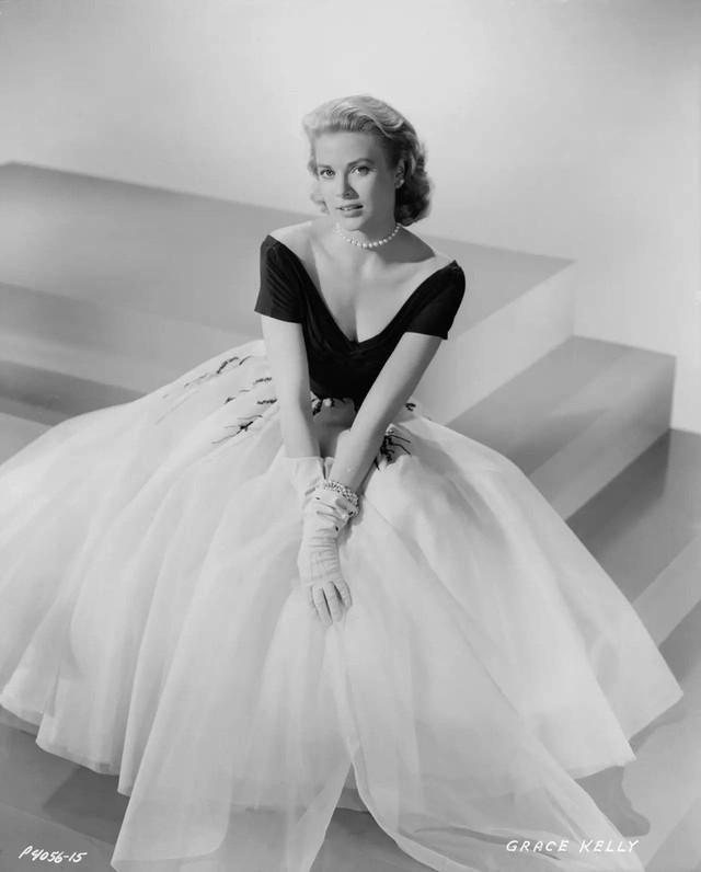 """Grace Kelly – vị Công nương từ nhan sắc đến phong cách thời trang đều gói gọn trong 2 chữ """"hoàn hảo"""" - Ảnh 6."""