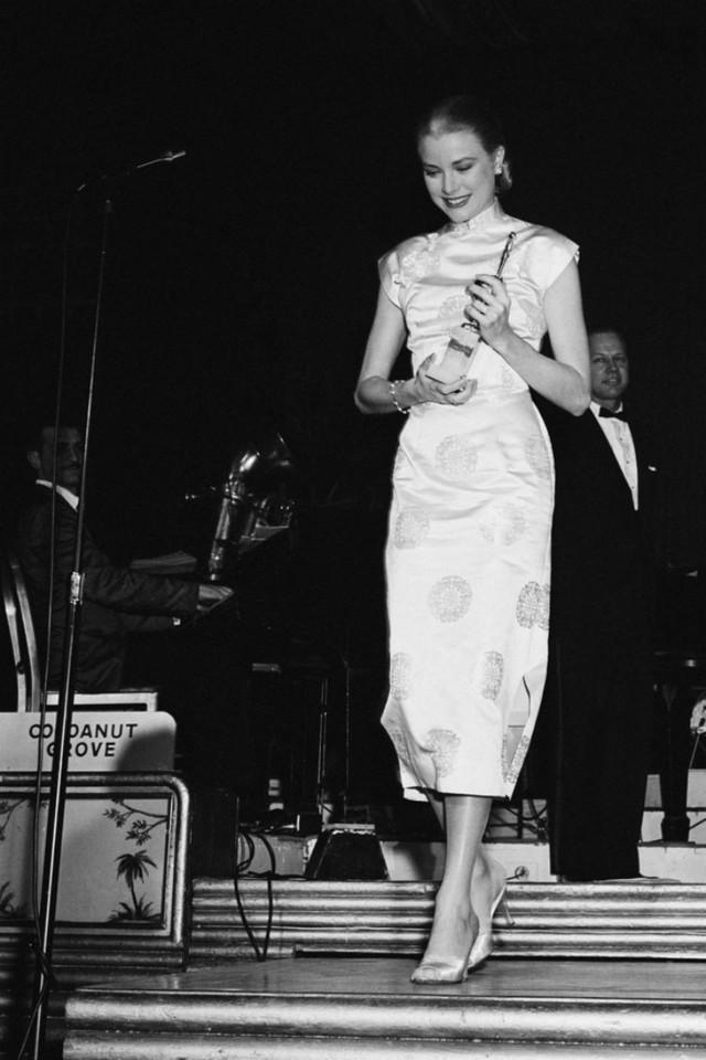 """Grace Kelly – vị Công nương từ nhan sắc đến phong cách thời trang đều gói gọn trong 2 chữ """"hoàn hảo"""" - Ảnh 3."""
