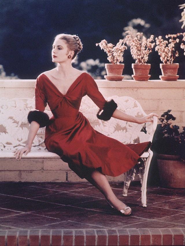 """Grace Kelly – vị Công nương từ nhan sắc đến phong cách thời trang đều gói gọn trong 2 chữ """"hoàn hảo"""" - Ảnh 4."""