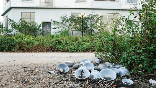 Lãng phí hàng trăm tỉ, khu nhà tái an cư Phú Diễn xây cao, xây đẹp rồi... bỏ hoang? - Ảnh 12.