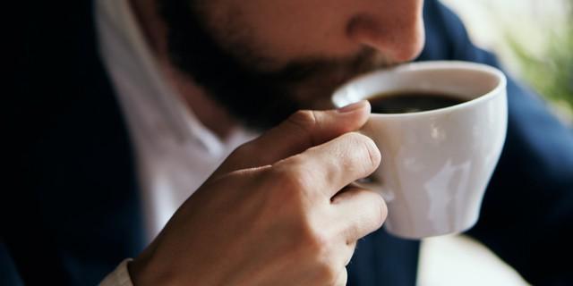 Muốn làm việc hiệu quả, hào hứng suốt buổi, hãy tránh ngay 8 sai lầm phổ biến này trong 10 phút đầu tiên của ngày làm việc - Ảnh 1.