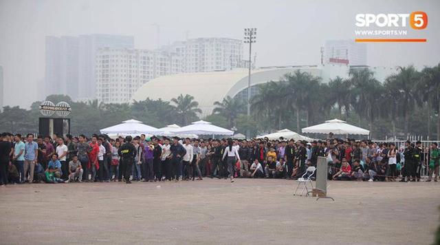 Tiền vệ Quang Hải hứa với người hâm mộ sẽ chiến đấu hết mình - Ảnh 1.