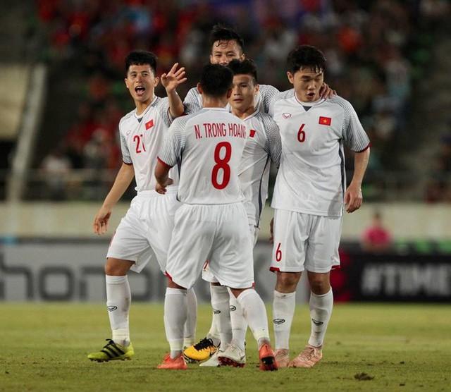 HLV Park Hang-seo thay đổi đội hình đội tuyển Việt Nam ra sao để hạ Malaysia? - Ảnh 1.