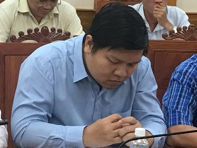 Kiểm điểm việc kết nạp Đảng nguyên phó giám đốc Sở Ngoại vụ - Ảnh 2.