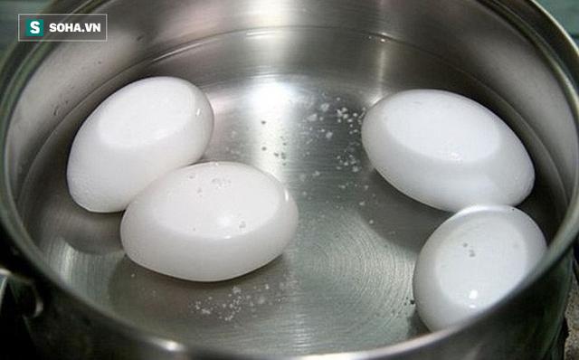 Ăn trứng luộc bổ hay không bổ? Hãy xem ngay câu trả lời - Ảnh 1.