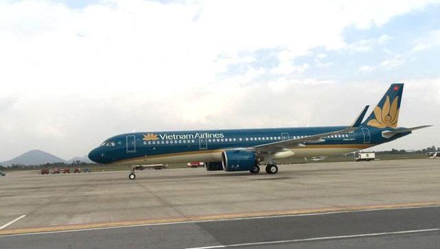 Cận cảnh nghi thức phun nước đón máy bay thế hệ mới Airbus A321neo - Ảnh 13.