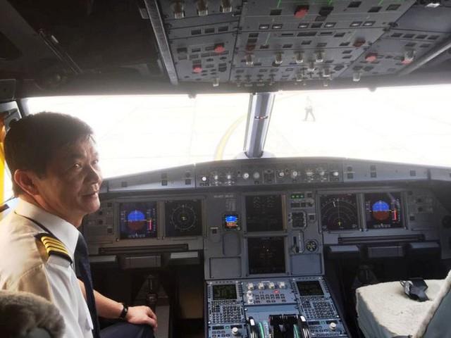 Cận cảnh nghi thức phun nước đón máy bay thế hệ mới Airbus A321neo - Ảnh 7.