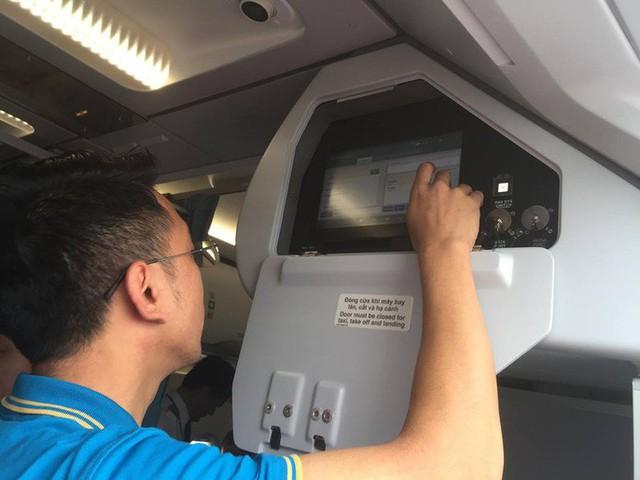 Cận cảnh nghi thức phun nước đón máy bay thế hệ mới Airbus A321neo - Ảnh 9.