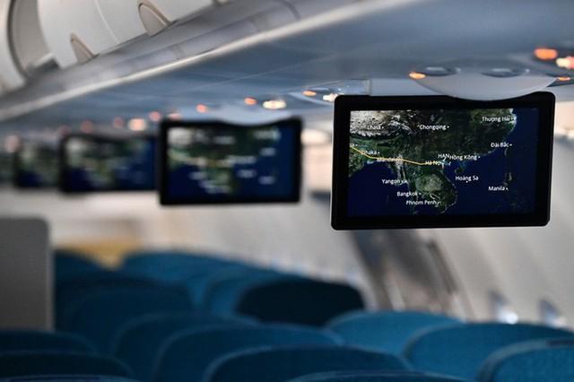 Cận cảnh nghi thức phun nước đón máy bay thế hệ mới Airbus A321neo - Ảnh 11.