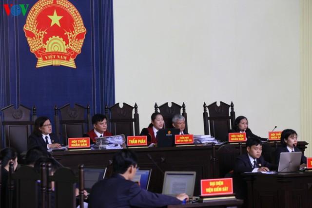 Phan Sào Nam và dì ruột Phan Thu Hương cùng khóc khi nhắc đến gia đình - Ảnh 2.