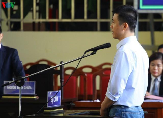 Phan Sào Nam và dì ruột Phan Thu Hương cùng khóc khi nhắc đến gia đình - Ảnh 3.