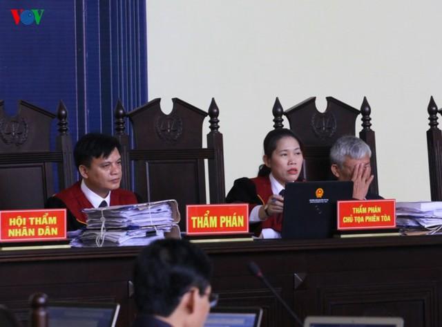 Phan Sào Nam và dì ruột Phan Thu Hương cùng khóc khi nhắc đến gia đình - Ảnh 4.