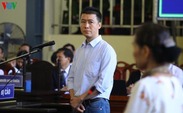 Phan Sào Nam và dì ruột Phan Thu Hương cùng khóc khi nhắc đến gia đình - Ảnh 6.