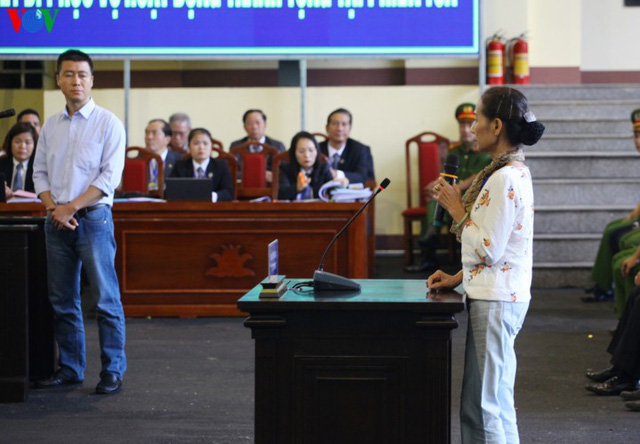 Phan Sào Nam và dì ruột Phan Thu Hương cùng khóc khi nhắc đến gia đình - Ảnh 8.