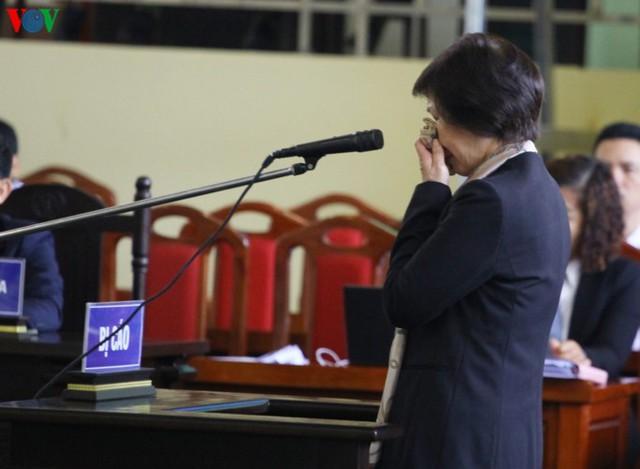 Phan Sào Nam và dì ruột Phan Thu Hương cùng khóc khi nhắc đến gia đình - Ảnh 10.