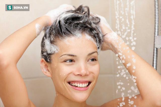 Mấy ngày tắm 1 lần mới tốt? Câu trả lời khiến hầu hết mọi người bất ngờ - Ảnh 1.