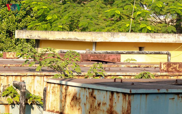 """Trạm xử lý nước thải ở Hà Nội """"đắp chiếu"""" sau 10 năm xây dựng - Ảnh 3."""