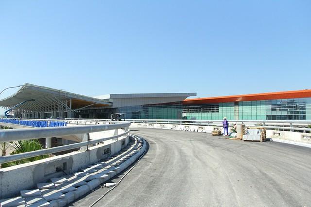 Sân bay quốc tế Vân Đồn hối hả trước ngày cán đích - Ảnh 4.