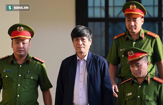 Triệu tập cấp dưới đối chất với cựu tướng Nguyễn Thanh Hóa sau khi phản cung - Ảnh 3.