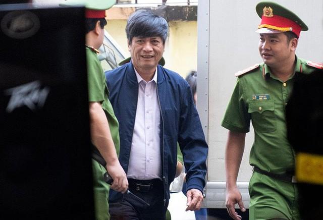 Triệu tập cấp dưới đối chất với cựu tướng Nguyễn Thanh Hóa sau khi phản cung - Ảnh 4.